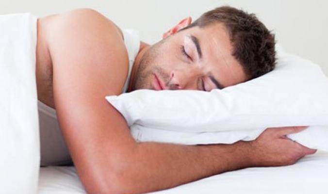 البعض ينامون 5 ساعات فقط دون متاعب.. كيف تعرف أنك أخذت كفايتك من النوم؟