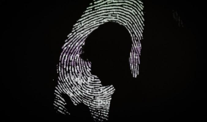 12 علامة تدل على أن هناك من يتجسس على هاتفك