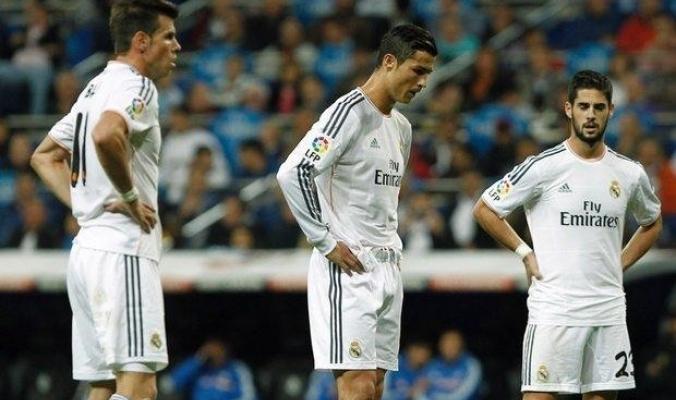 """ريال مدريد يدرس 3 حلول لمنع صفقة """"الخيانة"""""""