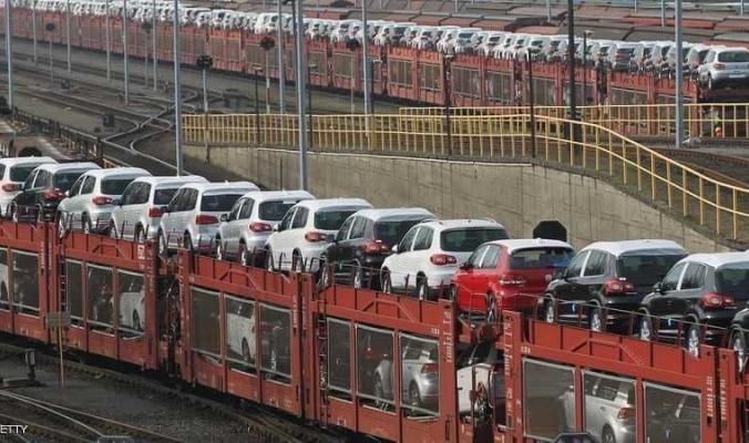"""""""السيارات"""" تنذر بإشعال حرب تجارية بين أوروبا وأميركا"""