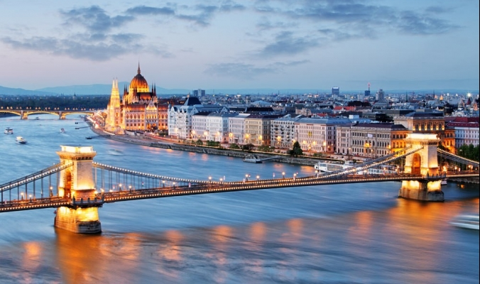 بودابست ملكة الدانوب والسياحة العلاجية