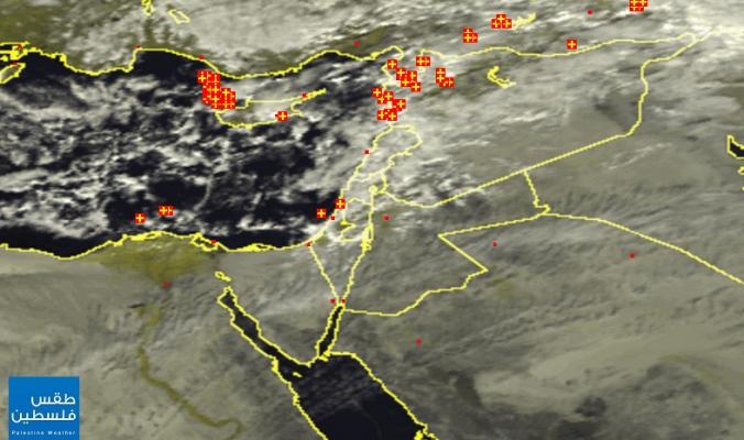 الأقمار الصناعية ترصد غيوم منخفض قاقون هذه الأثناء | 3/1/2015