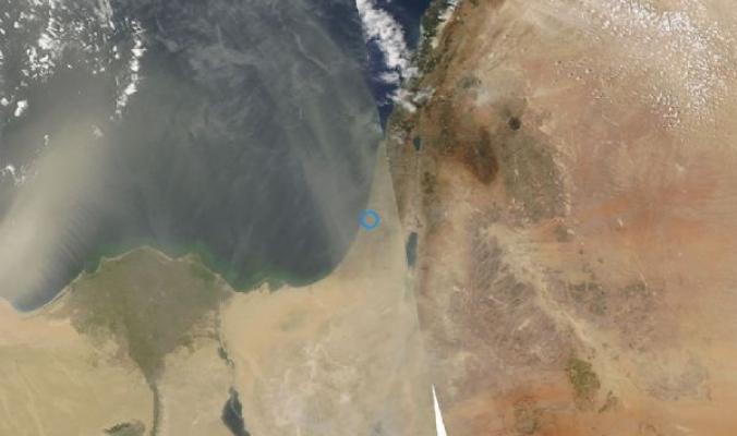 صور الأقمار الصناعية ترصد غبار كثيف يتجه صوب بلاد الشام