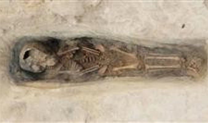 اكتشاف قبور لأطفال دفنوا في مصر قبل 3000 عام