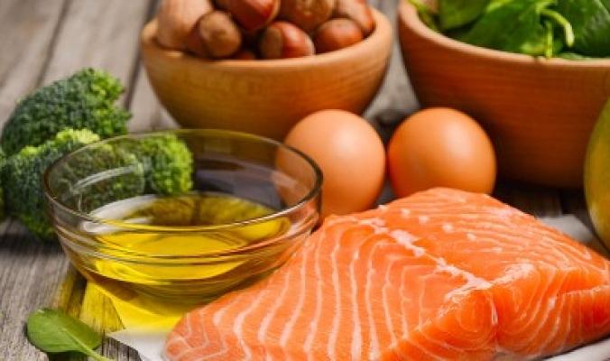 """10 أعراض """"عادية"""" تدل على ارتفاع مستوى الدهون في جسمك لا ينبغي تجاهلها"""