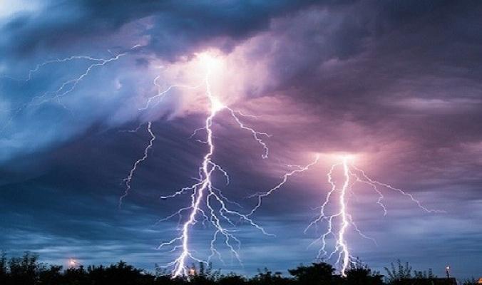 معلومات هامة حول ظاهرة البرق والرعد.. اكتشفها