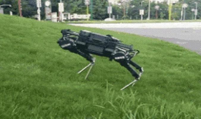 """الصين تطلق نسختها من """"الروبوت الكلب"""""""