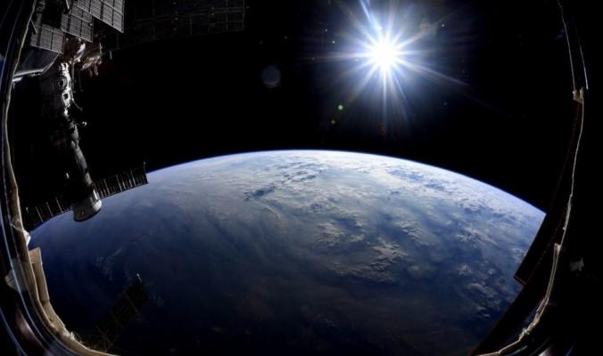 نمط متكرر كل 16 يومًا ... شيء غامض في مجرة تبعد 500 مليون سنة ضوئية يربك العلماء