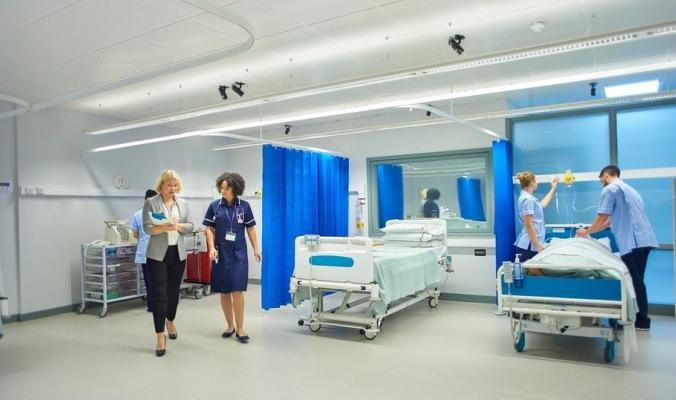 تهديد من قلب المستشفيات.. ستائر الغرف خطر داهم