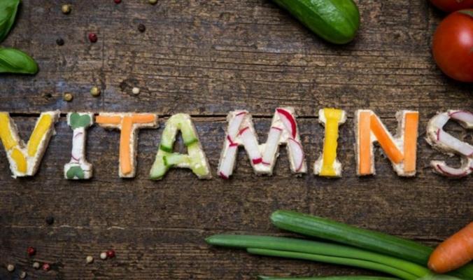 كيف تعمل الفيتامينات وما هي فوائدها وماذا سيحدث عندما لانحصل عليها؟