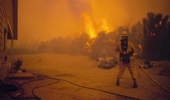 الولايات المتحدة: حرائق كاليفورنيا بين الأضخم في تاريخ البلاد (فيديو)