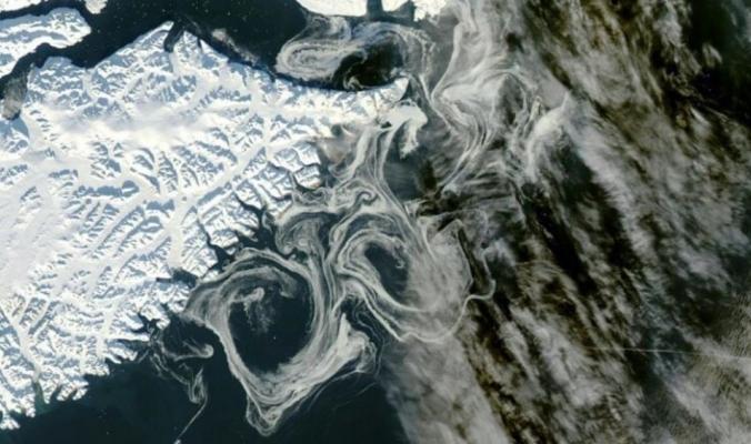 قنبلة مائية موقوتة.. زيادة معدل ذوبان جليد غرينلاند