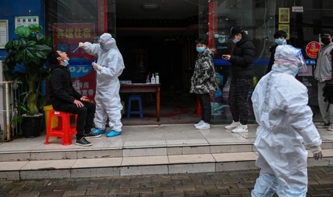 الصين تقارع الوباء.. كورونا ينكفئ