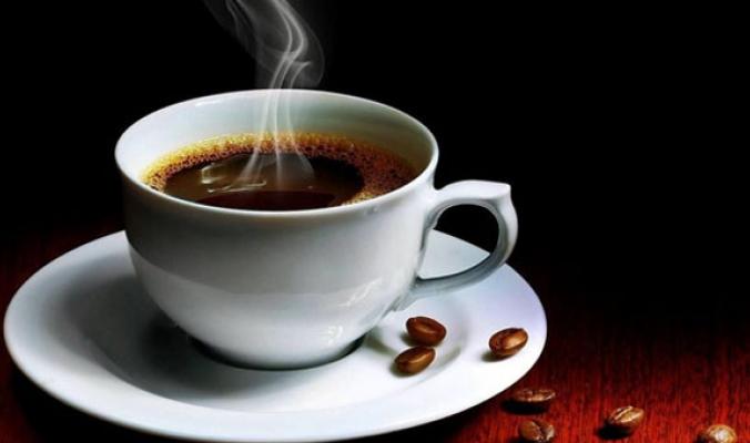 """لا تُصدّق كل الشائعات المحيطة بالقهوة.. الكافيين مفيد صحيًّا ويُعالج """"طنين الأذن"""""""