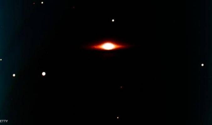 """اكتشاف ثقب أسود """"قريب"""" من الأرض.. بالعين المجردة"""