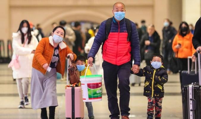رعب عالمي.. ارتفاع عدد وفيات الفيروس الغامض بالصين إلى 17 شخصاً