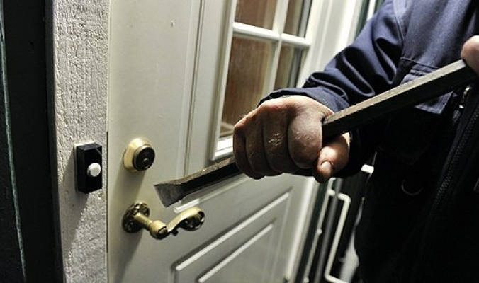 سرقة منزل في شارع المريج بنابلس