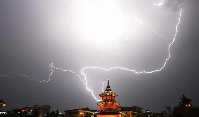 الصين تعلن حالة التأهب مع اقتراب إعصار قوي
