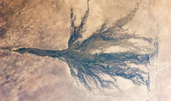 الصحراء تحت الماء