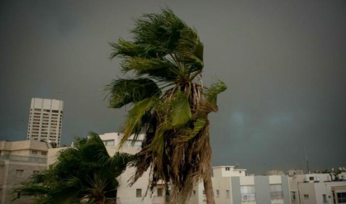 رياح قوية وبرودة كبيرة مرتقبة ...وأمطار متفرقة تشمل معظم المناطق بمشيئة الله