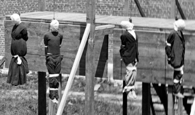 أول امرأة أعدمتها حكومة أميركا..معلومة عجلت حبل المشنقة