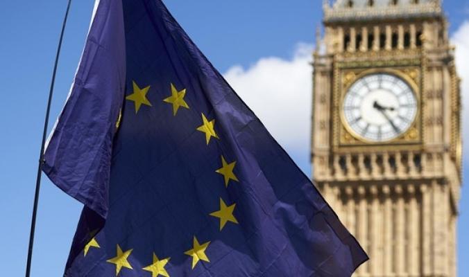 بريطانيا تقترب من عائلة الأسواق الناشئة بسبب الـBrexit