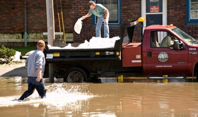 ارتفاع حصيلة الفيضانات في اليونان إلى 20 قتيلا