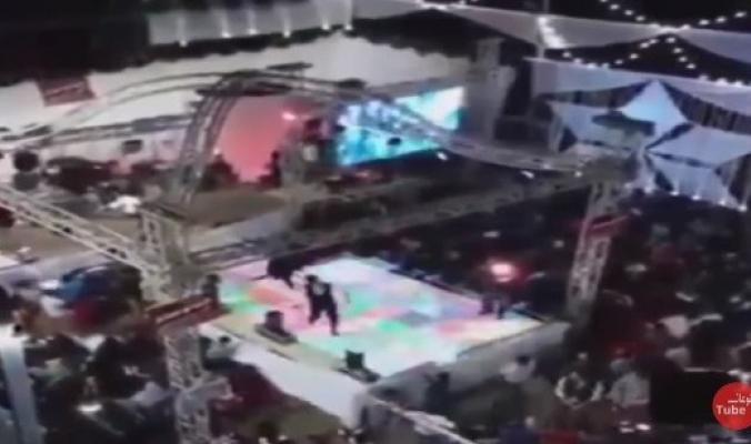 حفل زفاف تحوَّل إلى مأتم.. شاهد.. لحظة مقتل طفل مصري برصاصة طائشة