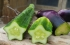 بالصور الغريبة ...شركة صينية تنتج فاكهة وخضروات بأشكال غريبة!