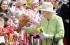 لماذا تمتلك الملكة إليزابيث عيديّ ميلاد وليس واحداً فقط ؟