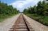 لماذا توضع الحصى أسفل مسارات القطارات؟