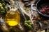 يقلل خطر الإصابة بالسكتات الدماغية والسكري والسرطان.. إليك فوائد تناول زيت الزيتون على الر ...