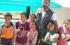 مهرب ألعاب يدخل البهجة على قلوب أطفال سوريا
