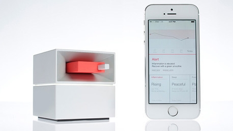 جهاز يحلل الدم واللعاب عبر هاتف محمول