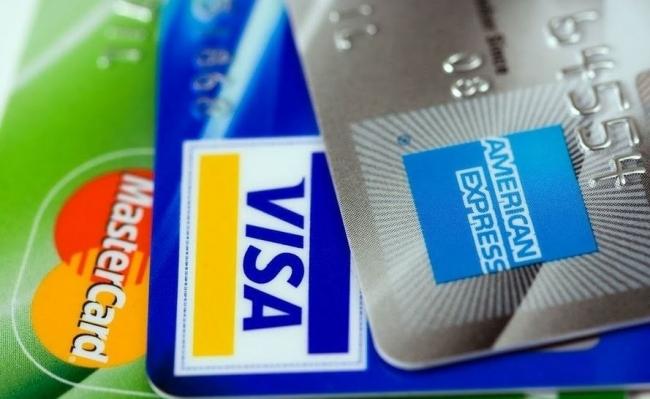 """تعطل شبكة بطاقات الائتمان """"فيزا"""" في أوروبا"""