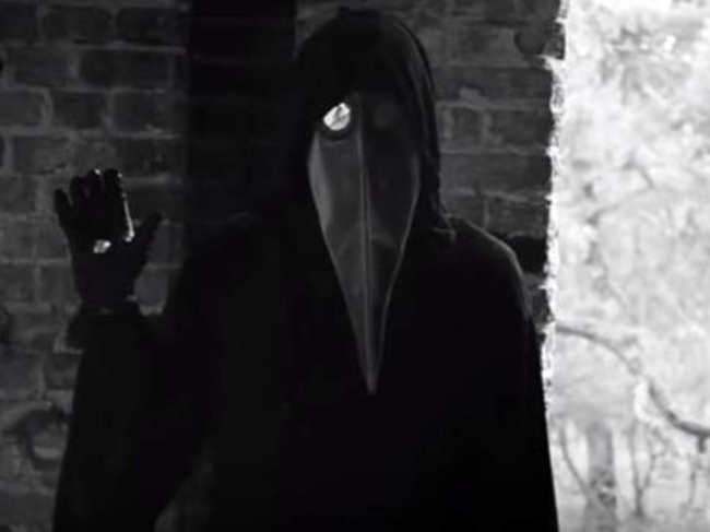 هل تعرف قصة لغز الفيديو المخيف على اليوتيوب الذي مازال الغموض يكتنفه إلى يومنا هذا؟