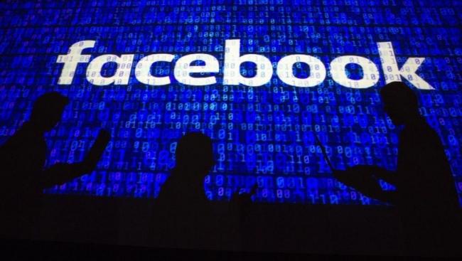 600 مليون كلمة سر مكشوفة.. كامبريدج أنالتيكا تضرب فيسبوك مرة أخرى