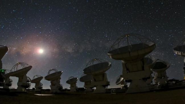 كشف فلكي جديد قد يعيد كتابة تاريخ الكون
