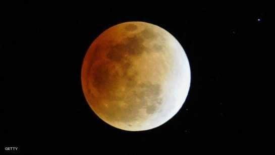 الأرض على موعد مع أطول خسوف للقمر منذ سنوات