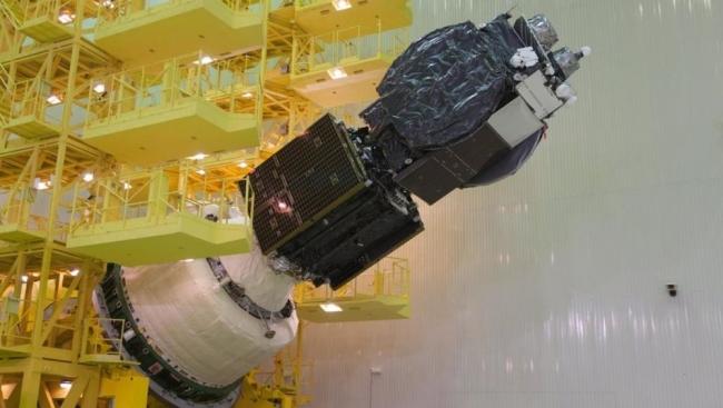 الأقمار الصناعية المتزامنة.. كيف تتجدد أعمارها؟؟