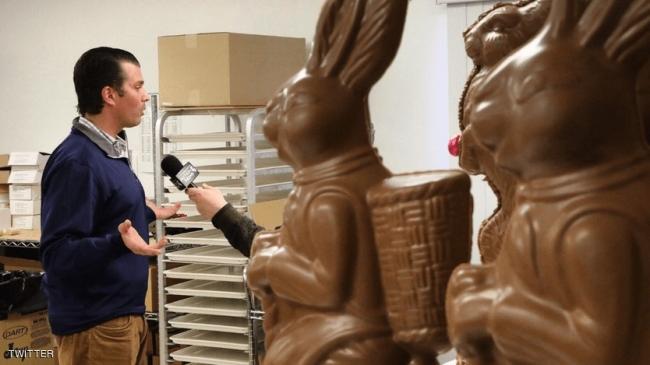 """ترامب جونيور يثير السخرية بسبب """"أرنب الشوكولاته"""""""