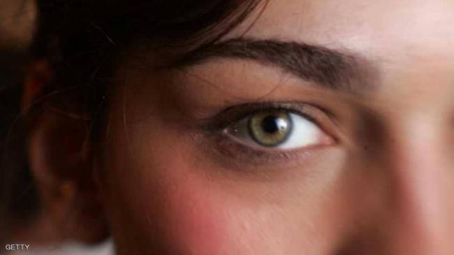 """نصائح بسيطة تجنب النساء """"هالات العين السوداء"""""""