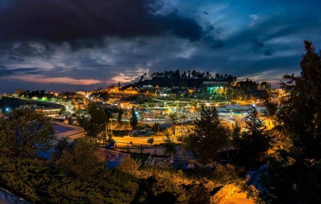 رياح نشطة وأجواء باردة ...وأمطار وبرد وزخات ثلجية في جبال الشمال هذه الليلة