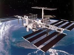 ما مصدر البكتيريا الفضائية المكتشفة على محطة الفضاء الدولية؟
