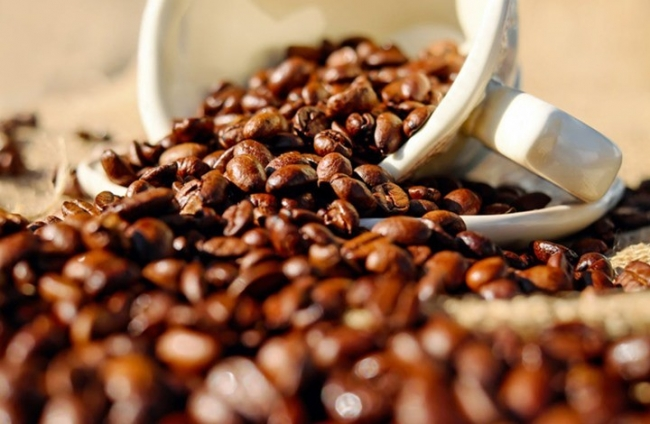 أخبار سيئة لمحبي القهوة حول العالم والسبب بلدها الأم
