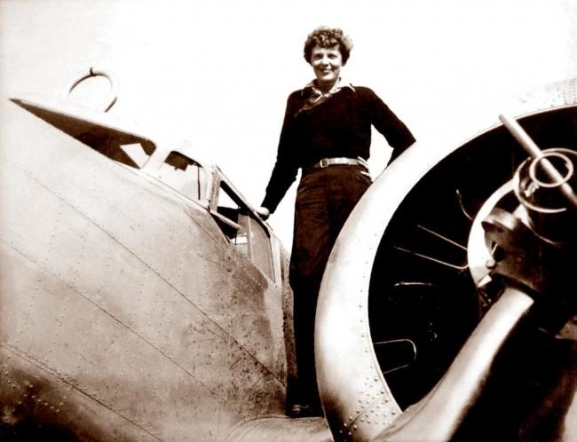 """""""صائد الحطام"""" يتحدى نفسه.. طائرة اختفت في 1937!"""