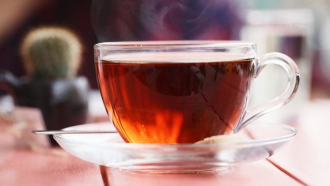 ماذا يحدث لك عند الإفراط في شرب الشاي؟