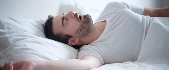 النوم الجيد يطيل العمر وينقص الوزن ويقلل الأمراض.. كيف نُزيد الهرمون الذي يحمينا من السهر ليلاً؟