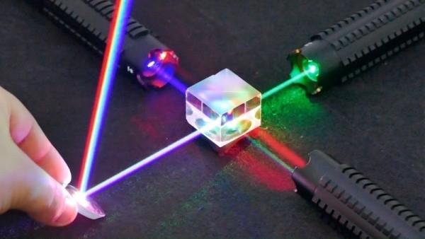 ما لا تعرفه عن اختراع الليزر!