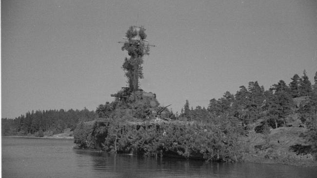 سفينة أضحت جزيرة.. كيف خدع الهولنديون اليابانيين؟